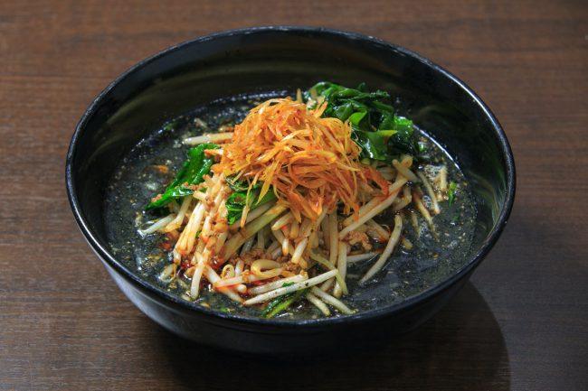 担々麺 黒